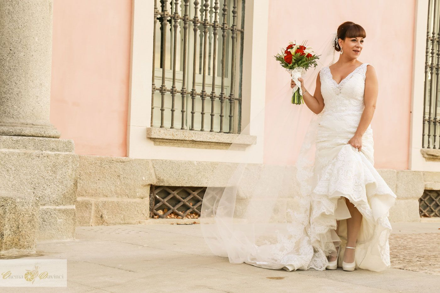 _MG_1644-antecoctail-iglesia-boda-lbertoypili-chemaydavinci-wb